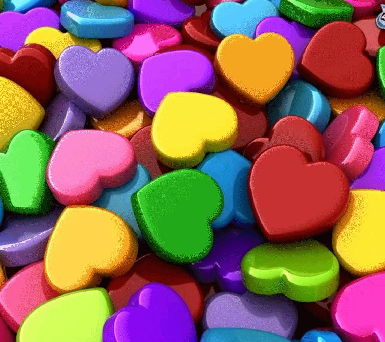 Обои на рабочий стол - Разноцветные сердечки