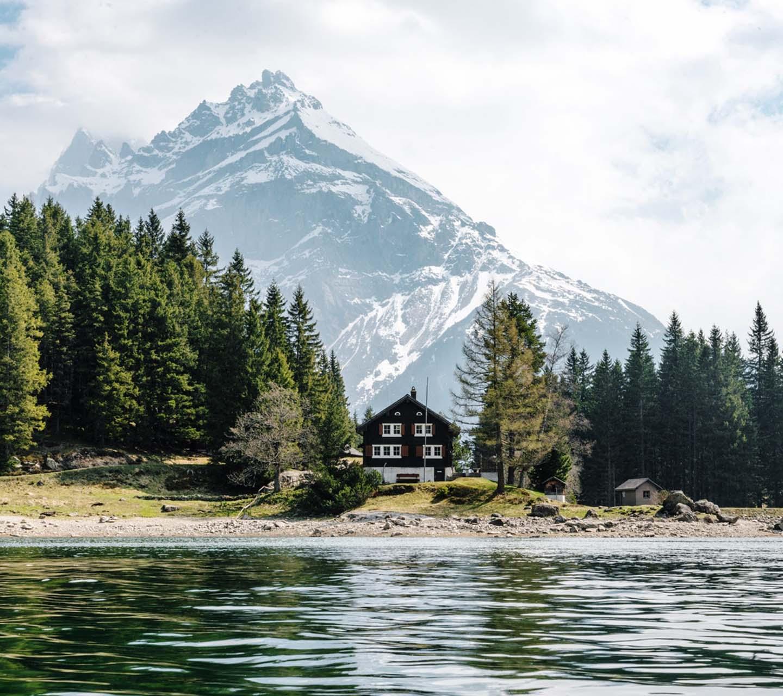 Обої - Дім під горою Швейцарія