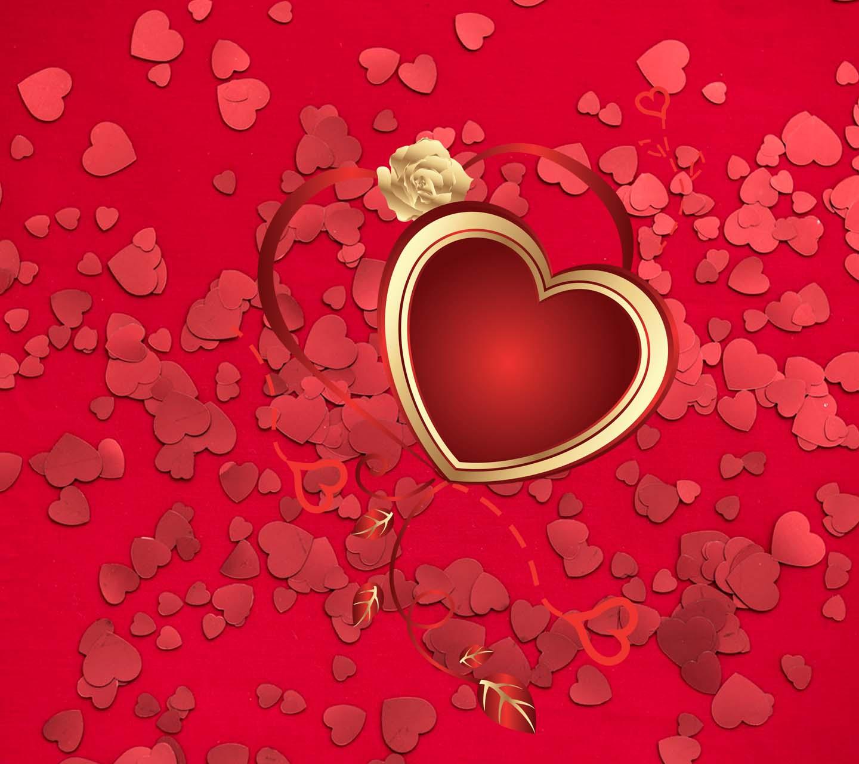 Обои на рабочий стол - Красные сердечки на красном фоне